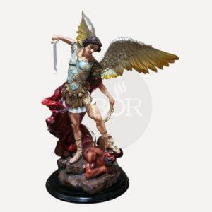 Patung Orang Kudus