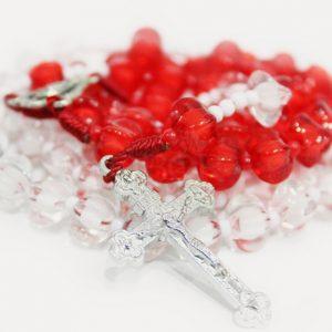 Rosario Merah Putih
